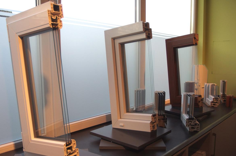 brauer montagebau fockbek fenster und t ren. Black Bedroom Furniture Sets. Home Design Ideas